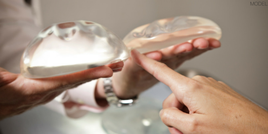 Nashville plastic surgeon discusses the growing popularity in silicone breast implants.